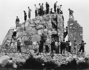 Schurman Rock in Seattle 1939